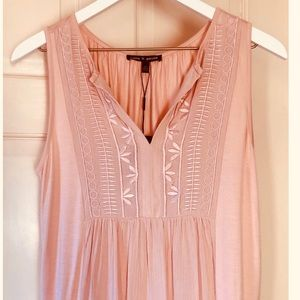 Cable And Gauge Embroidered Peach Flowy Top